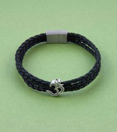 Auspicious ॐ Om Story Bead with Triple Layer Faux Leather Magnetic Clasp Bracelet-Black
