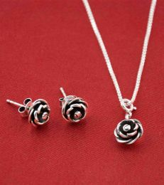Blooming Rose Jewellery Set by fourseven