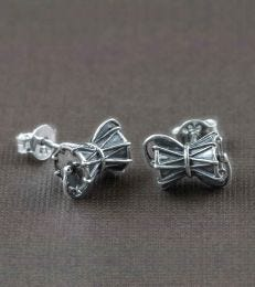 Damru Ear Studs composition picture