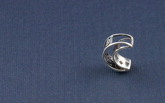 Night sky crescent moon pendant in silver