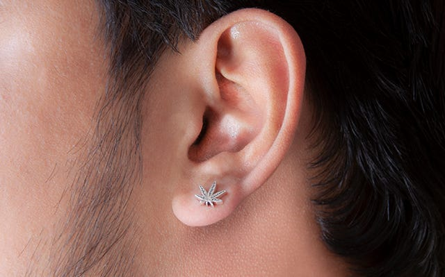 Cannabis leaf stud silver earrings for men