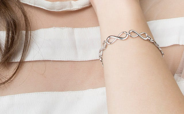 Silver Eternal Infinity Clasp Bracelet (Medium to Large) for women