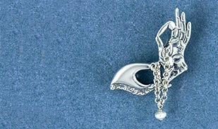 Gyaan mudra brooch in silver