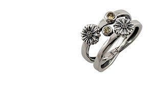 Les Fleurs Twin Daisy Ring