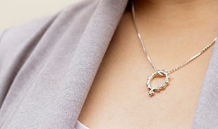 Gear up Women Pendant with Chain