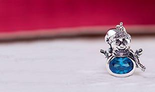 Melt my heart snowman charm in silver