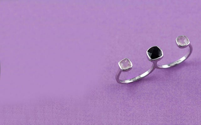 Silver Deco Twin Finger Ring in Rose Quartz and Black Onyx